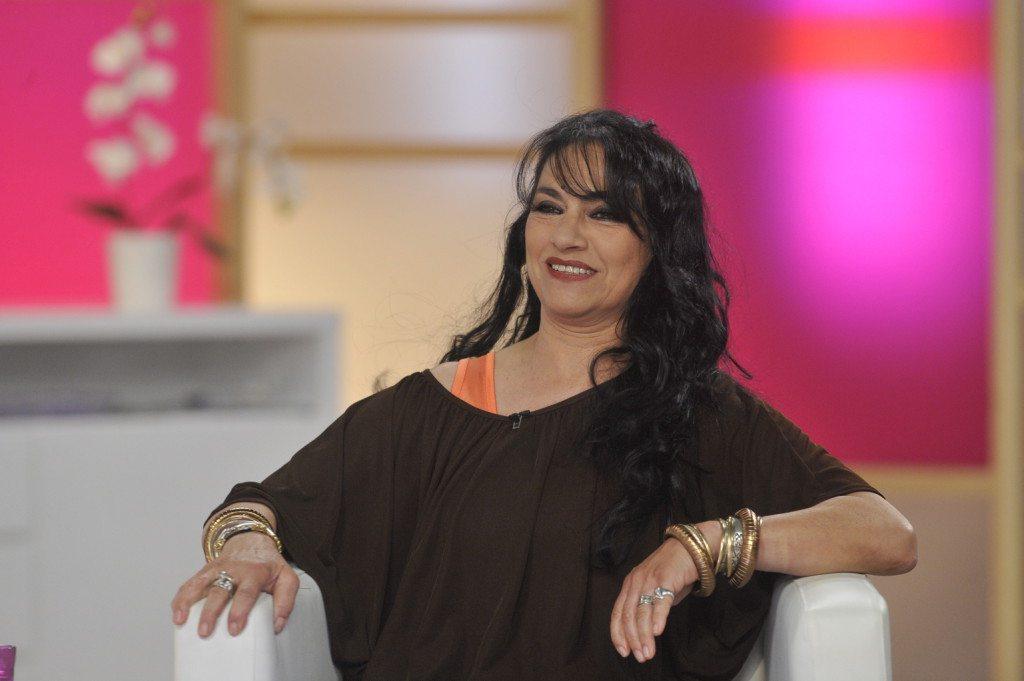 Papadimitriu Athina színművész az M1 televíziós csatorna Ridikül című női beszélgetős műsorában, az MTVA gyártóbázisának 7-es stúdiójában. MTVA Fotó: Zih Zsolt