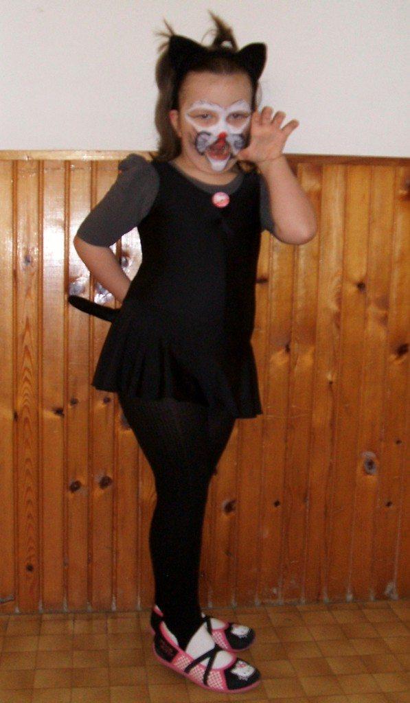 Fekete cica - Maróti Helga