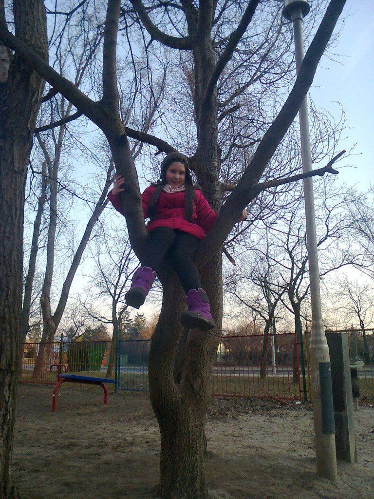 Hanglár Zita 8 éves