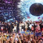 A szombati döntőbe jutott tíz finalista a 60. Eurovíziós Dalverseny második elődöntőjében Bécsben 2015. május 21-én. A bejutók Azerbajdzsán, Ciprus, Izrael, Lengyelország, Lettország, Litvánia, Montenegro, Norvégia, Svédország és Szlovénia.(MTI/EPA/Georg Hochmuth)